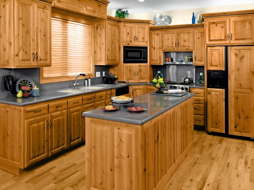 кухонная мебель из массива дерева в Воронеже