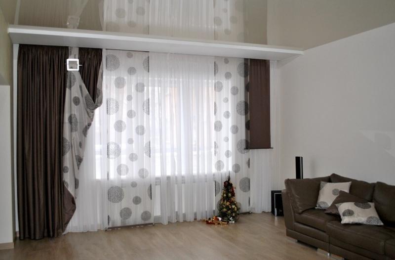 Декоративные панели,крупный рисунок штора для зала