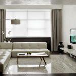Серые шторы в интерьере минимализм в зале.